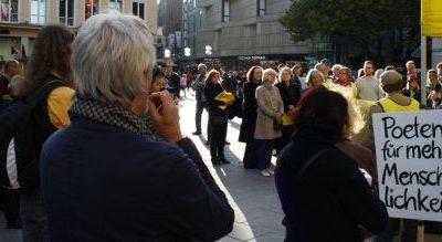 Kundgebung in München: Lyrik und Menschenrechte